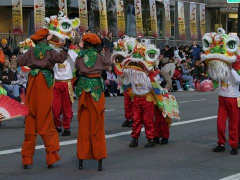 샌프란시스코 차이나타운의 중국 신년 페스티벌 & 퍼레이드