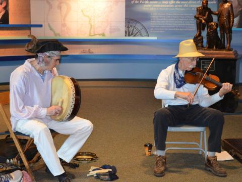 루이스 & 클라크 음악 축제의 전통 음악